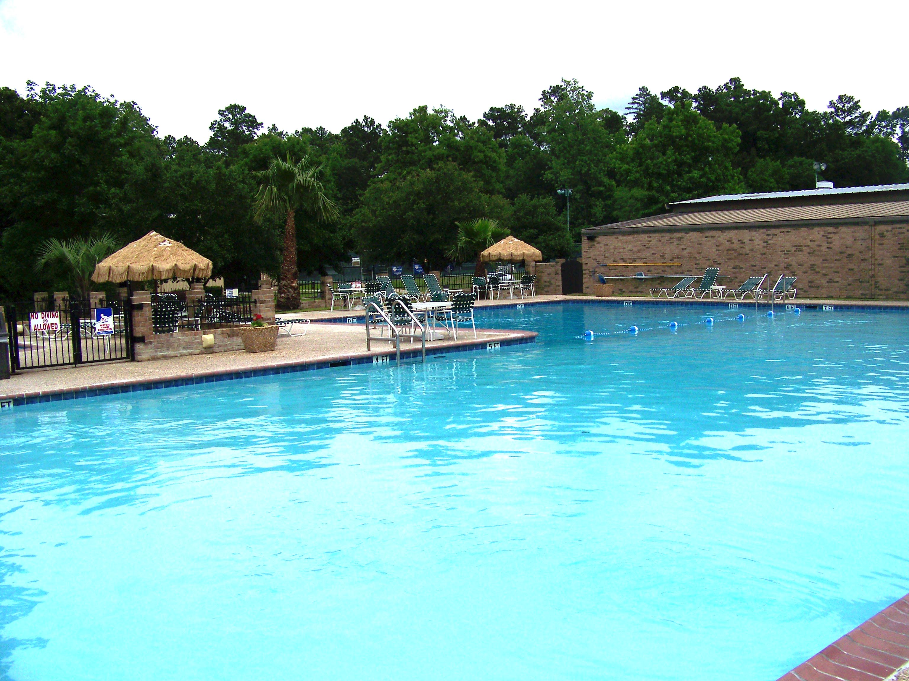 Pool | Crown Colony Country Club
